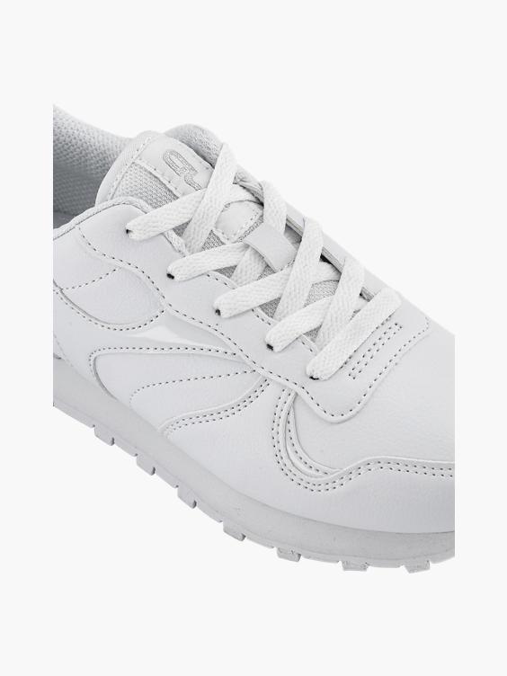 Witte sneaker zilveren en lakdetails