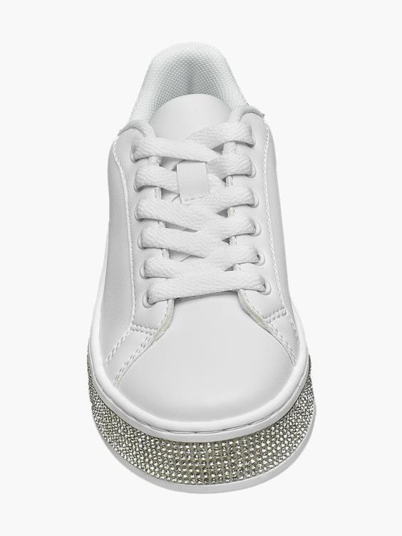 Witte sneaker sierstenen