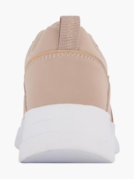 Roze sneaker perforatie