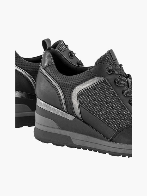 Zwarte sneaker sleehakken