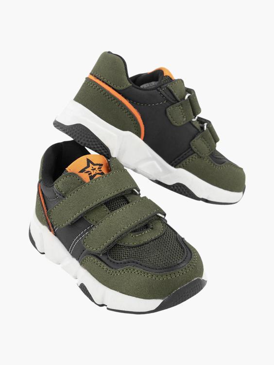 Groene sneaker klittenband